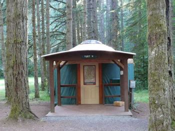 Cabins To Rent Washington State by Yurts And Cabins In Or And Wa State Parks Gonomad Travel