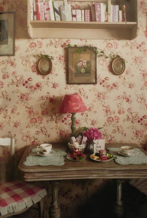 Vintage Cottage Style by Eye For Design Decorating Vintage Cottage Style Interiors