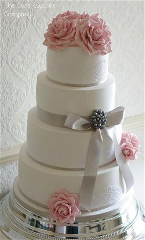 Hochzeitstorte Grau Rosa by Hochzeitstorten Rosa Und Grau Dove Hochzeitstorte