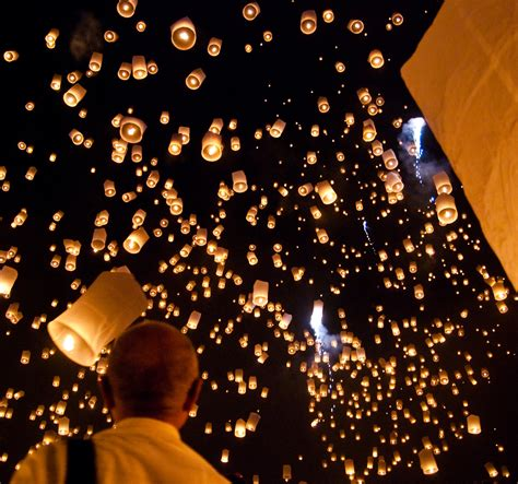 Paper Lanterns That Fly - how to make a flying lantern mxrgxrx