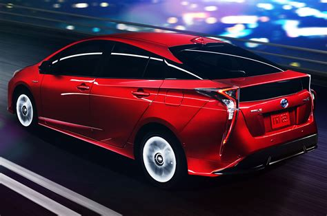 2016 toyota prius look review photo gallery motor