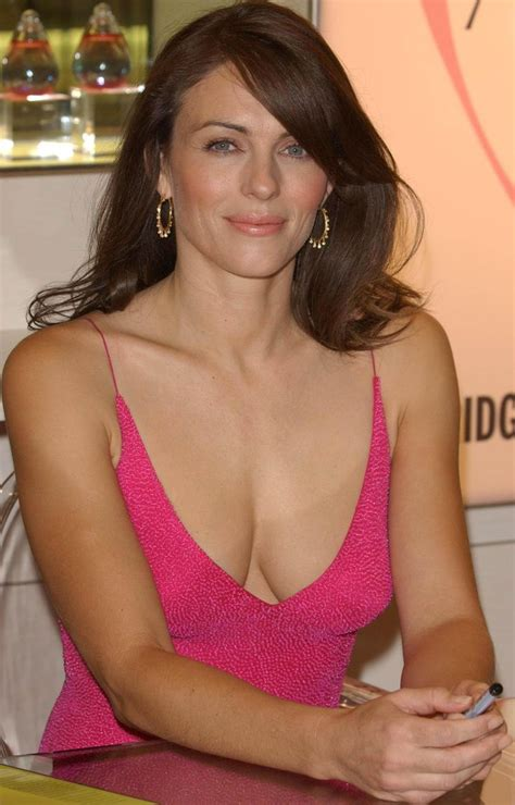 hot celeb moms elizabeth hurley celebrities elizabeth hurley