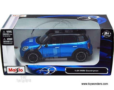 124 Minicountryman Blue Maisto mini cooper countryman w sunroof 31273bu 1 24 scale
