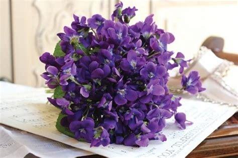 wedding flower inspiration violets - Wedding Bouquet Violets