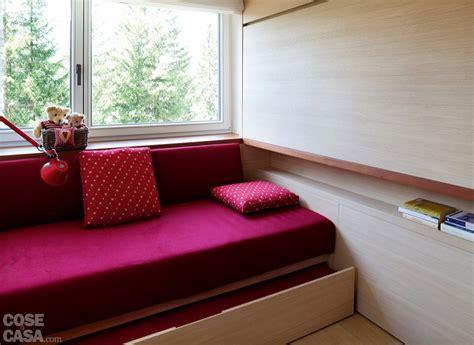 57 mq con ambienti mutevoli cose di casa minotti mensole