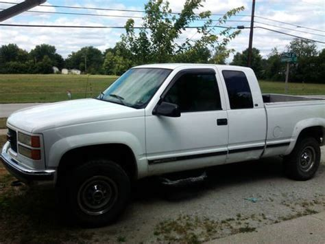 how to learn about cars 1998 gmc 2500 club coupe parking system find used 1998 gmc 2500 4x4 extended cab in huntington indiana united states for us 4 000 00