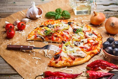 cuisine pizza guangzhou s best pizzas la vie zine