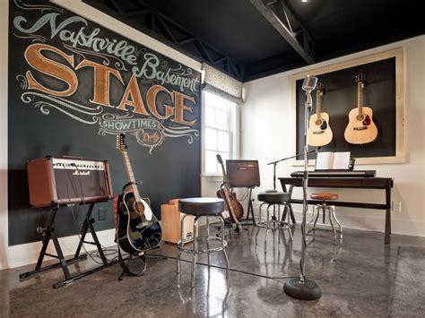 stage pictures  hgtv smart home  studionocs