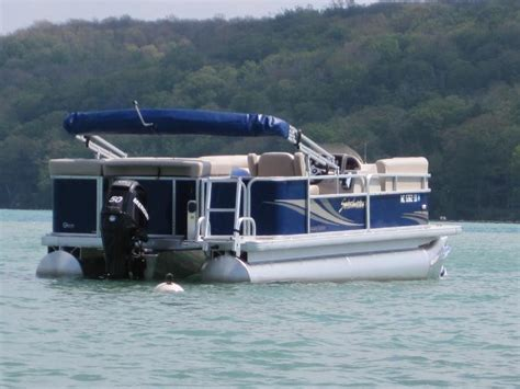 pontoon boat rental 20 10 person sweetwater 50 hp - 10 Person Boat