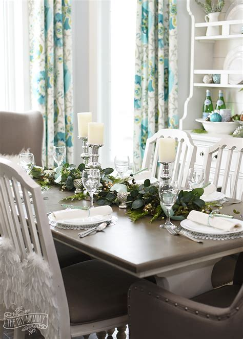 aqua green farmhouse christmas table decoration ideas