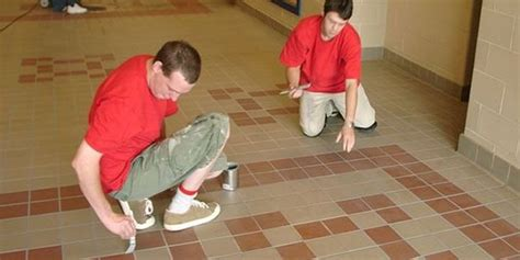 The Grout Medic Grout Medic Grout And Tile Restoration Franchise Information Franchiseopportunities