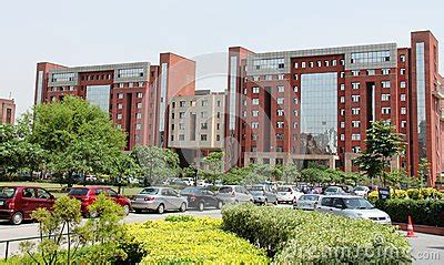 Amity Noida Placements For Mba by Top 10 Engineering Colleges In Noida Greater Noida And