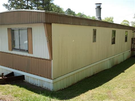 buy trailer house tips on buying an older mobile home toughnickel