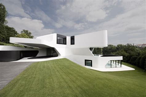 Futuristic House | the most futuristic house design in the world digsdigs