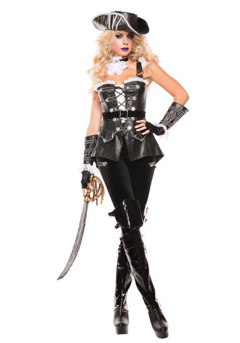 Women s noir pirate costume