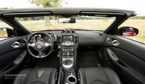 nissan roadster interior nissan 370z interior 2014 www pixshark com images