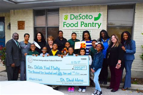 Desoto Food Pantry by Home Desoto Isd