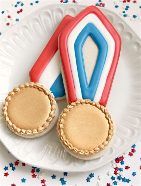 This Cake Received A Gold Medal At The Cake International - olympic gold medal cookies the sweet adventures of sugar