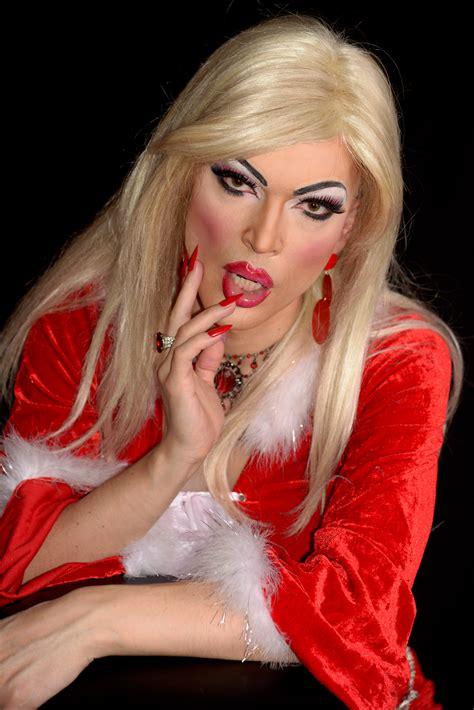 Julia Panther?s Santa Dress Photo Shoot   Frock Magazine