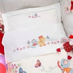 schemi punto croce lenzuolino culla gratis lenzuolino lettino cotone e schema da ricamare a punto croce