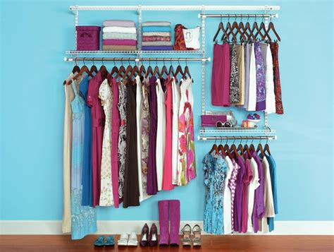 The Closet Shopper by