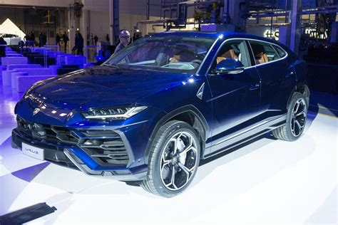 supercar suv the new lamborghini urus is supercar of suvs steemit