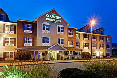 country inn suites country inn suites york in york hotel rates reviews