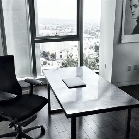minimalist desks the minimal desk experiment malan