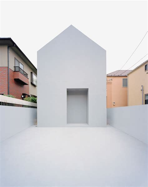 nord a minimalist japanese house inspired by religious ghost house datar architecture archeyes