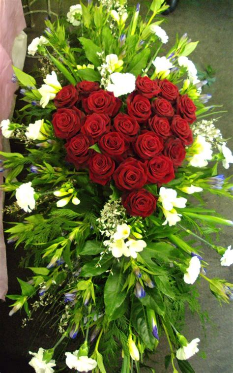 Best Flowers For Funeral by 72 Best Flowers Images On Flower Decorations