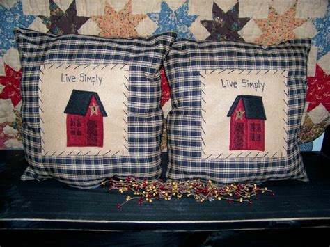 primitive couch pillows 1000 images about throw pillows on pinterest primitive
