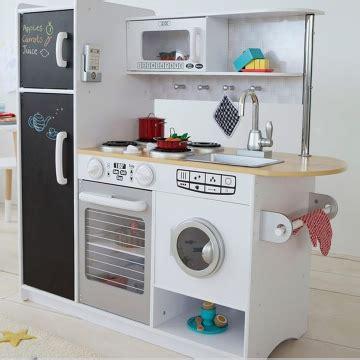 cuisine en bois en jouet jouets des bois cuisine en bois pepperpot 53352 kidkraft