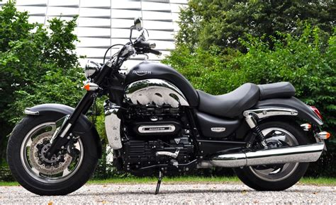 Triumph Motorrad Produktion by Test Triumph Rocket Iii Roadster