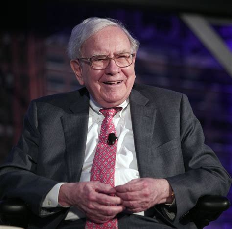 warren buffett donates 2 8 billion to 5 different