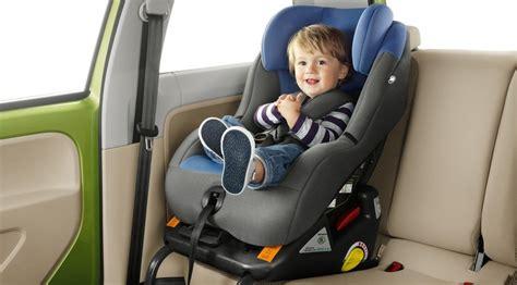 una silla para c 243 mo colocar una silla de beb 233 en el coche