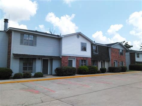 monroe la apartments for rent 1 bedroom 903 parkwood dr west monroe la 71291 rentals west