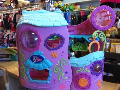 lps houses littlest pet shop hasbro house play set fitness club plus accessories pet shop lps