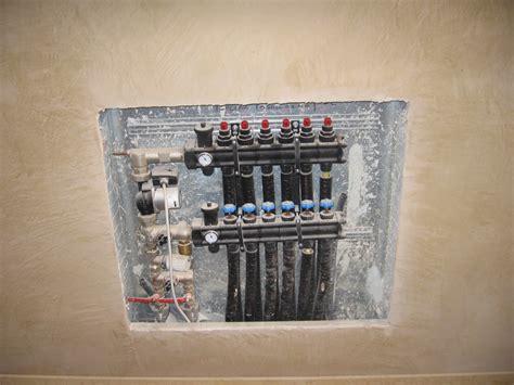 collettore riscaldamento a pavimento una villa nella valpolicella con sistema a pavimento