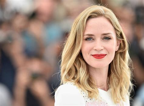 emily blunt latest movie why emily blunt is the perfect modern movie star e news
