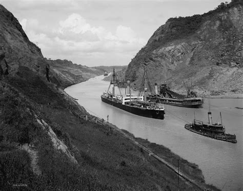Photo Panama Canal by File Ss Kentuckian Panama Canal Jpg