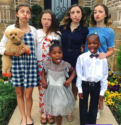 cute girl hairstyles youtube family mcknight family brooklyn and bailey pinterest