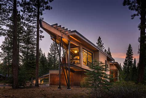 retreat the modern house modern cabin like retreat rules the californian landscape