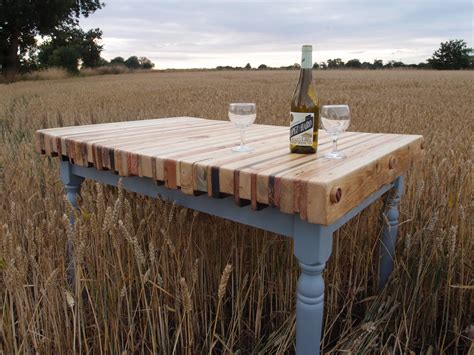 Pallet Wood Dining Table Reclaimed Pallet Wood Dining Table