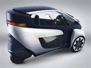 Toyota 3 Wheel Electric Car Price I Road Toyota Unveils Three Wheeled All Electric Vehicle