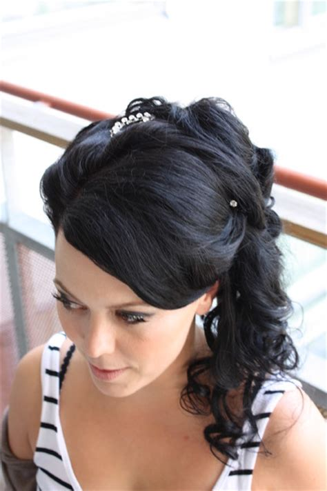 half up half down indian hairstyles african american bridal hairstyles for long hiar with veil