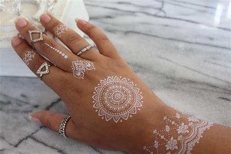 witte henna tijdelijke plak tattoos