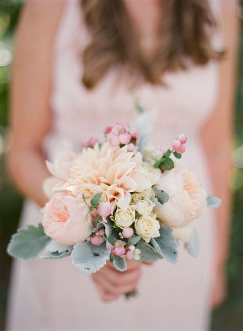 Small Flower Bouquets For Weddings by 25 Best Ideas About Small Bouquet On Simple