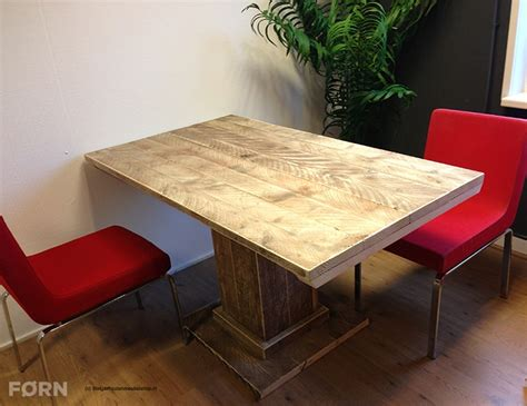 tafel trier steigerhouten tafel met kolompoot horecatafel