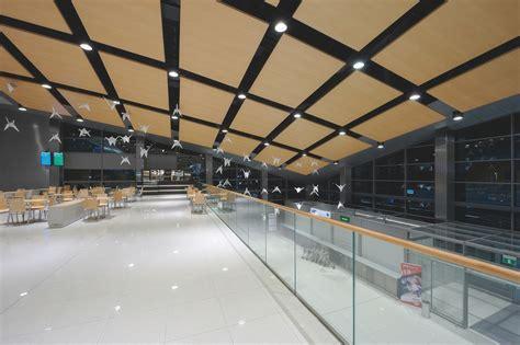 pavimenti granito pavimento rivestimento in gres porcellanato effetto