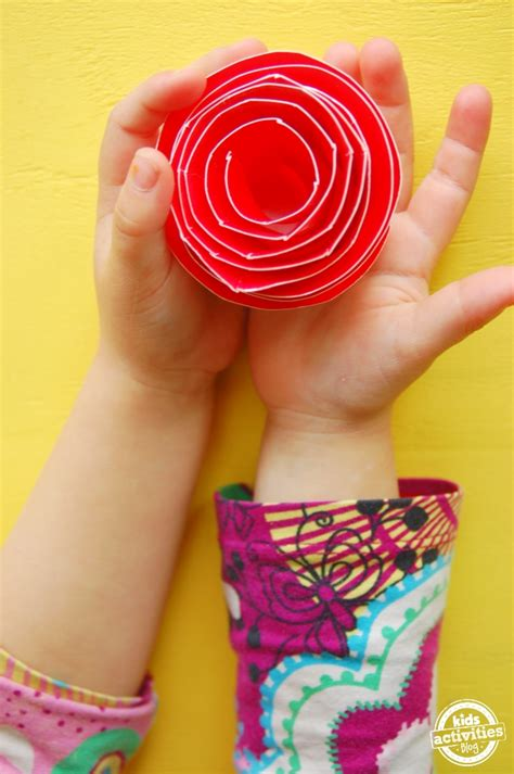 How To Make Paper Plate Crafts - 25 paper plate crafts
